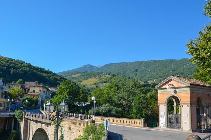 Itinerario dall adriatico al gran sasso hotel cirillo - Piscina montorio al vomano ...